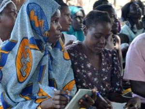 African women learning