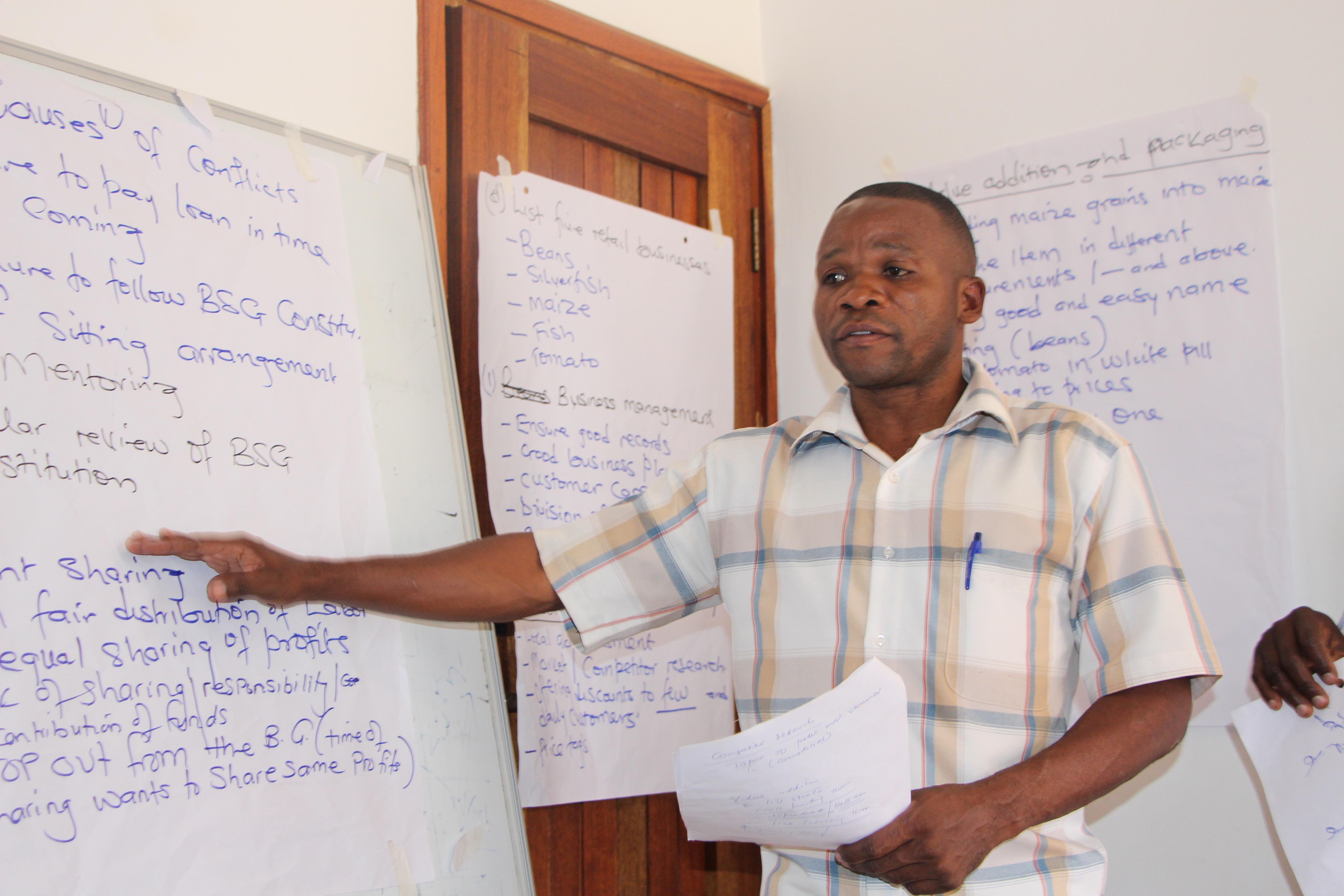 Village Enterprise business mentor Ibrahim shares his best mentoring practices